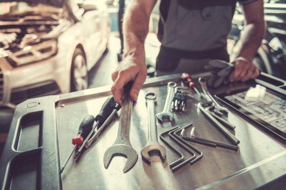Garage automobile pour réparation auto toute marque proche de Rives